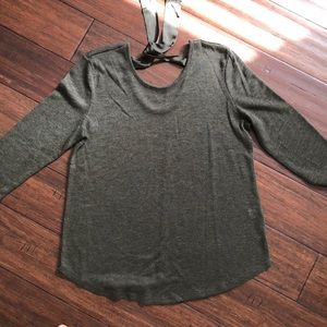 3/$25 Olive green 3/4 sleeve tie sweater